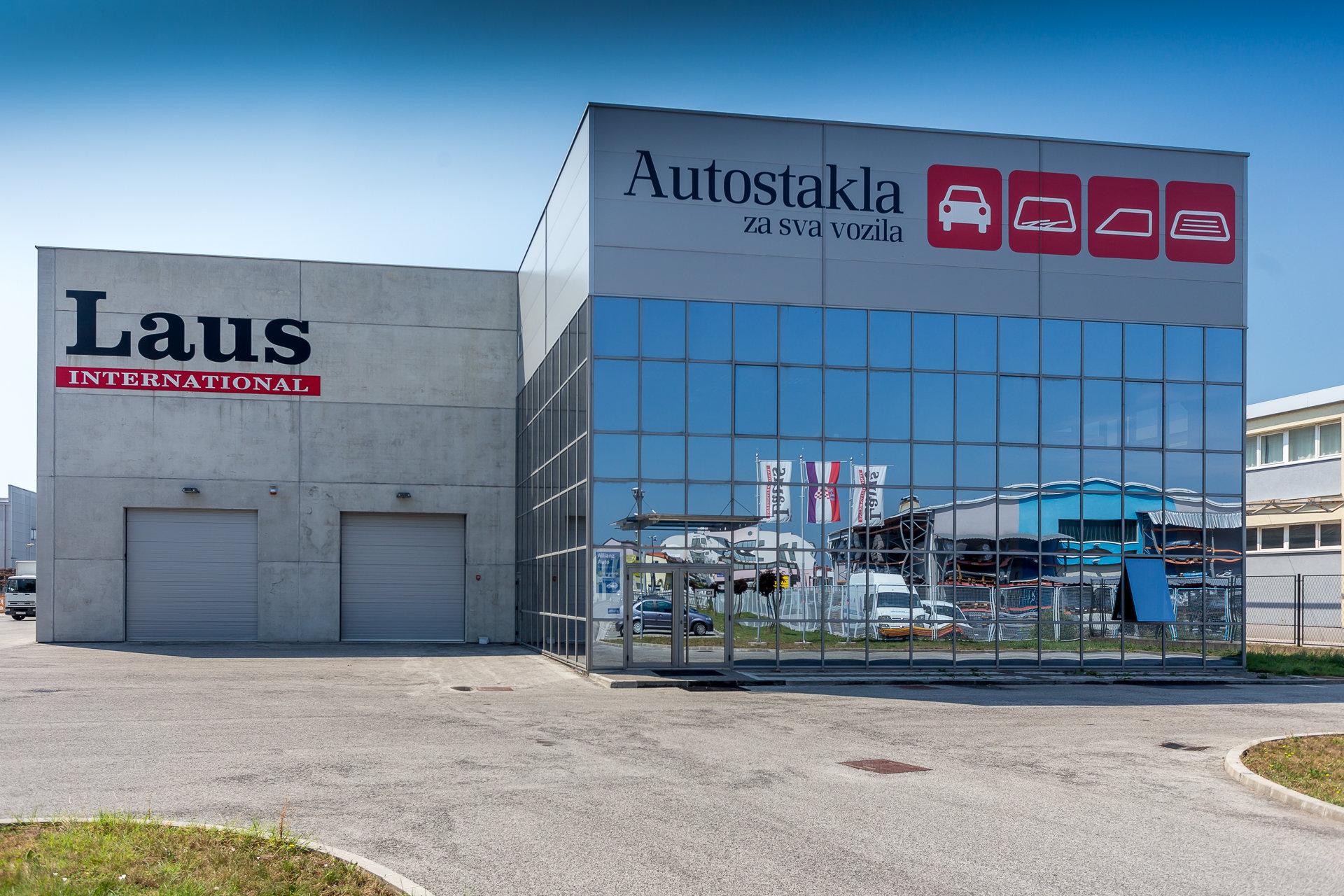 autostakla_laus_international